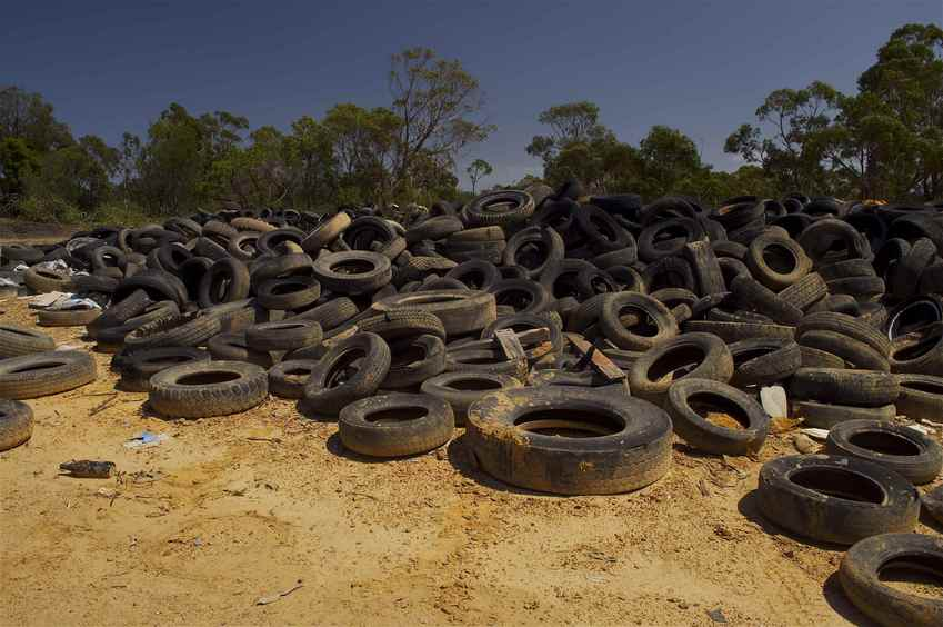 A large pile of discarded tyres, seen on the way to the confluence point