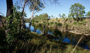 #1: The Calliope River - 1.89 km east of the point - blocked my attempt to reach the point