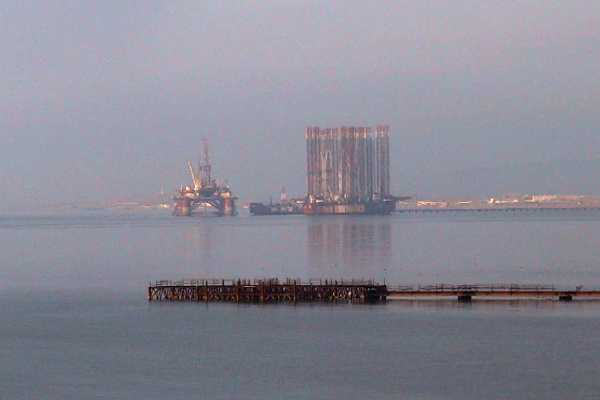 Oilrigs in Caspian Sea S of Baku