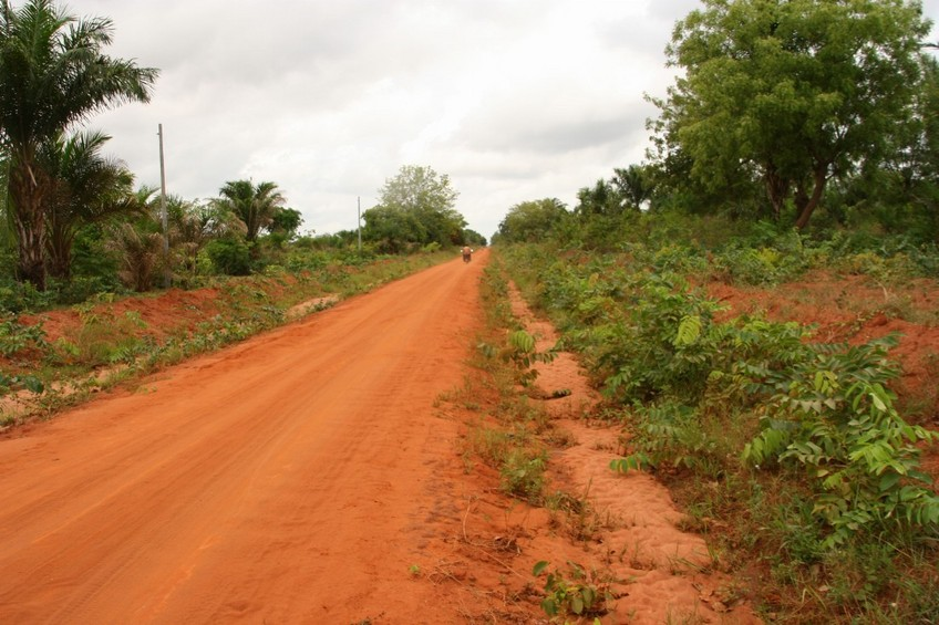 The track from Abomey to Sinwé-Kpota