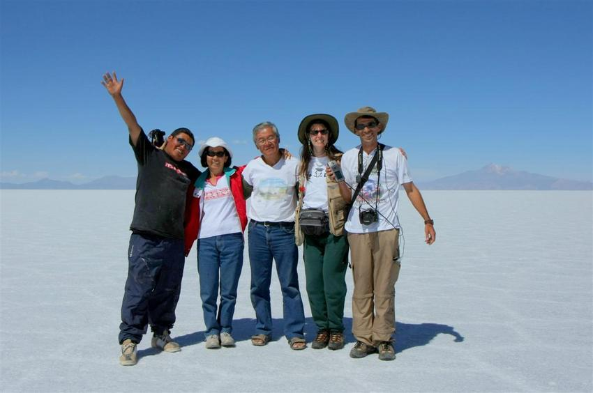 The group: Jose Valda, Setsuko, Eduardo, Paula and Paulo
