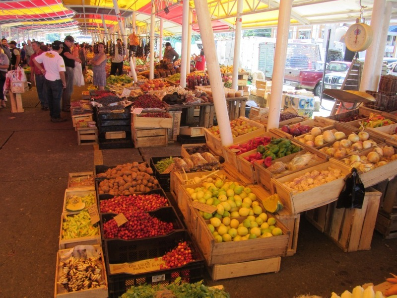 Market at Valdivia