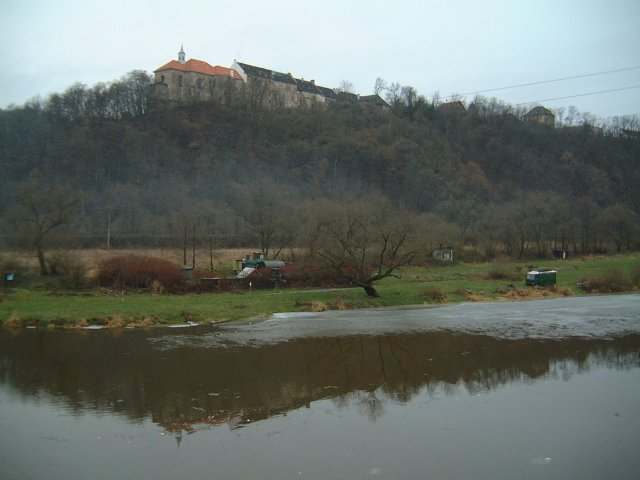 A view of Zámek Nižbor from the bridge over the Berounka River in Nižbor.