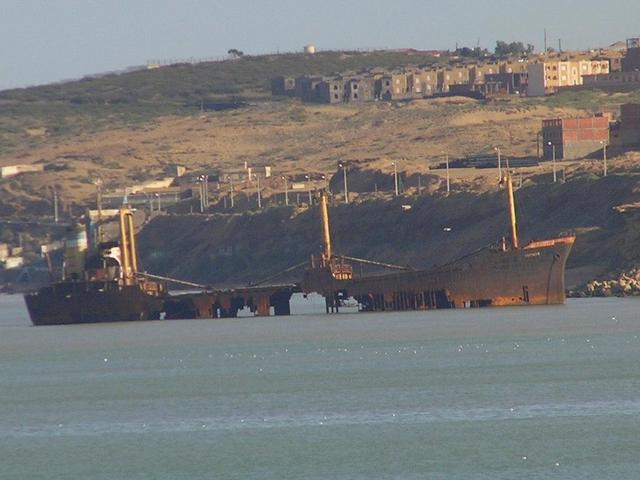 A grounded wreck north of the port of Mostaganem