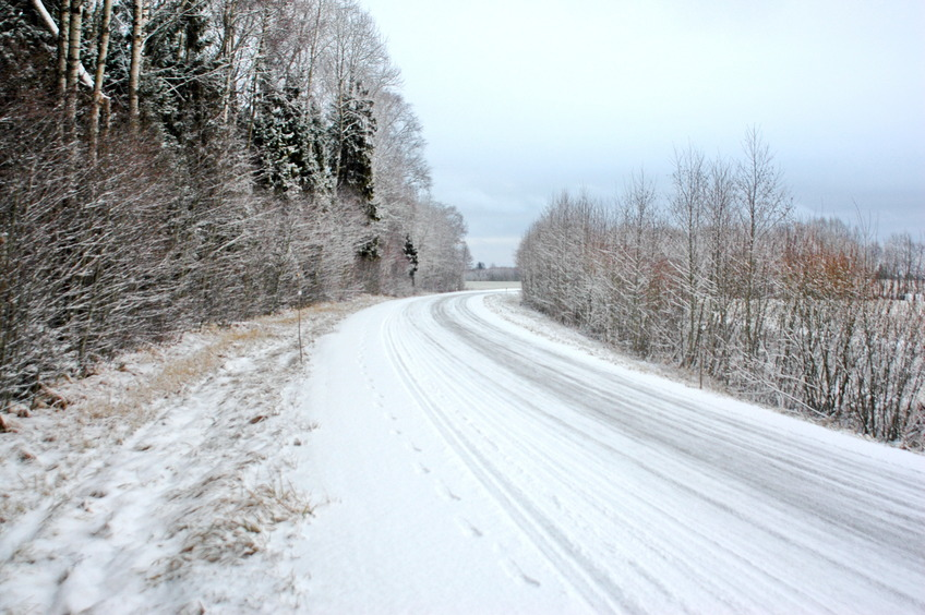 Road in 30 m from CP