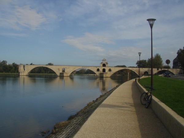 The saint-Bénezet bridge in Avignon