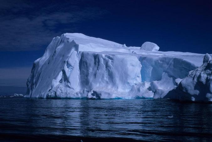 One of the big icebergs in Disko Bay