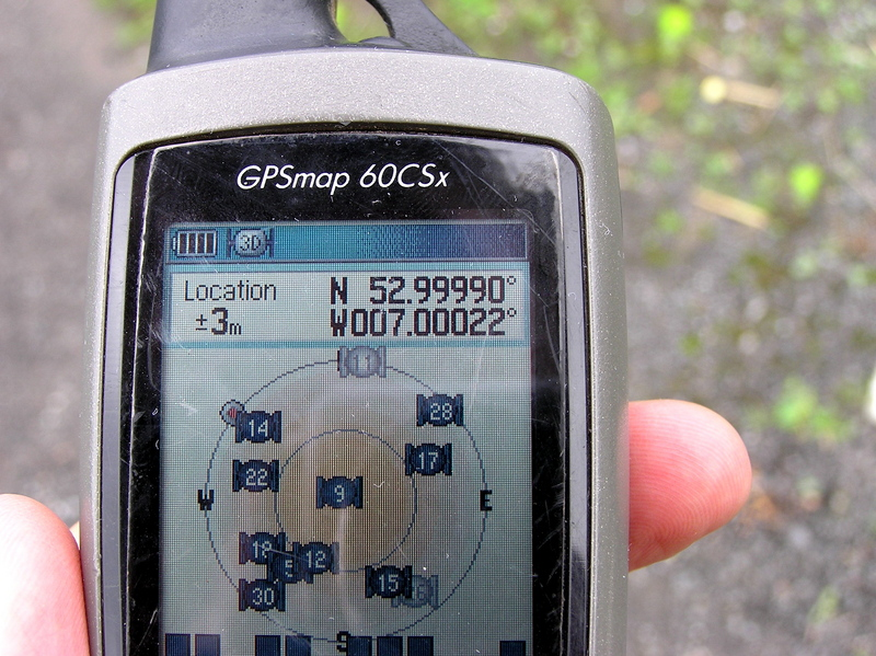 My GPS receiver, 20 meters from the confluence point