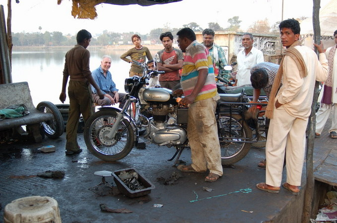 Bike repairing at Seoni