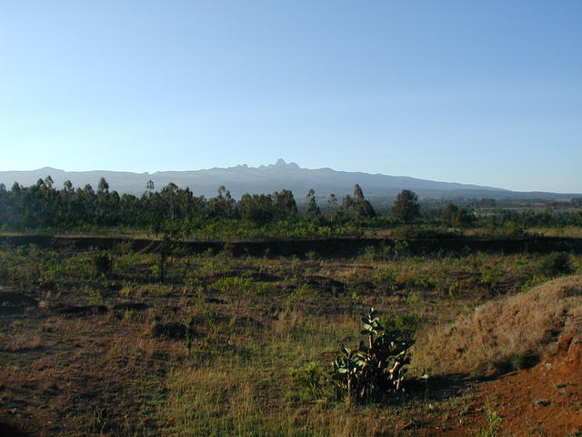 17,000 ft Mt. Kenya dominates region