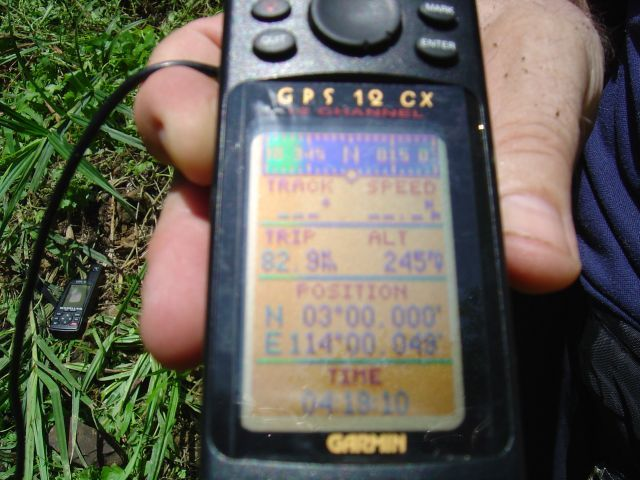 GPS showing our position near the confluence point