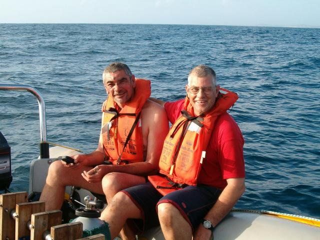 Gys and myself on the boat. Swelling and bruising on my forehead is the result of the previous day's attempt