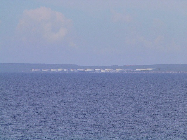 Oil storage tanks NW of Willemstad at Bullenbaai
