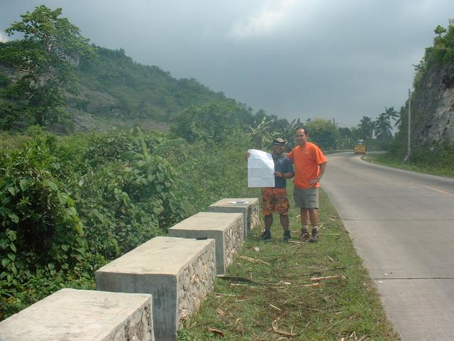 Toper and Raul doing a quick map check