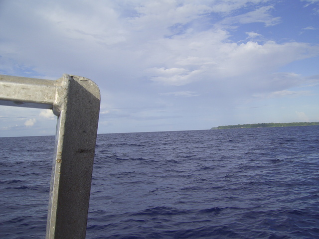 East to Mborokura Island - great diving!