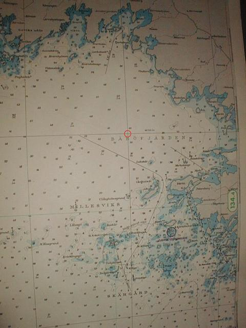 Part of a nautical chart for the area, the confluence is marked with a red ring