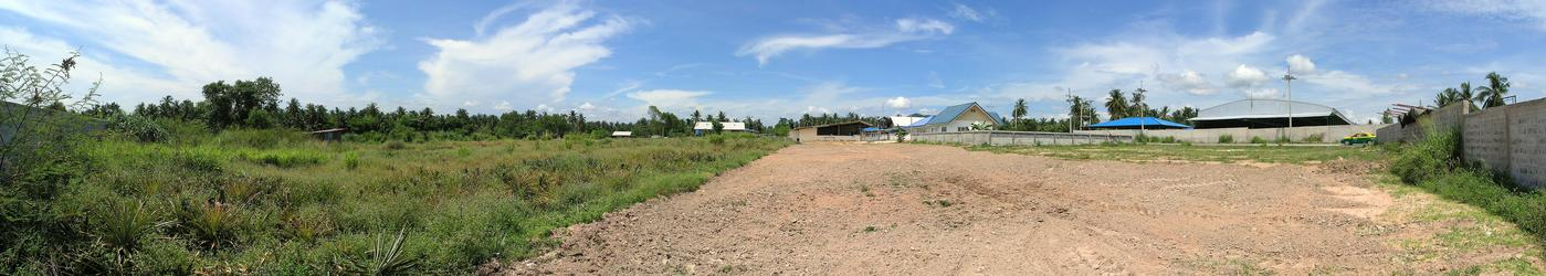 Panorama taken outside the facility, 39 m from the point, which is located near the left end of the image.