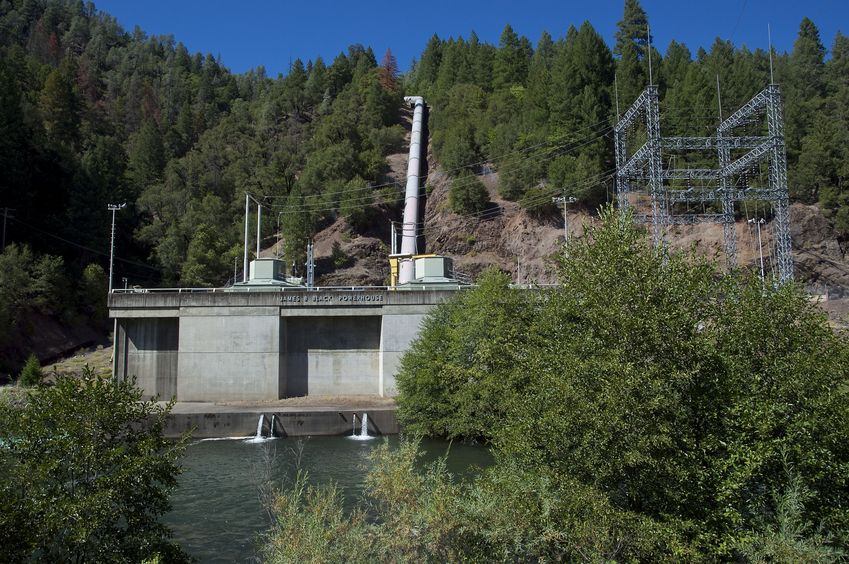 "The ""Pit 5"" power station, passed en route to the confluence point"
