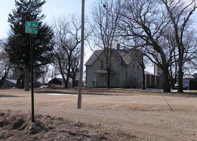 The nearest house to 40N 96W is in Kansas at the corner of N and 240th Roads.