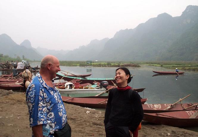 "Cecil ""the beast"", ex-Vietnam marine talks to Shuman."