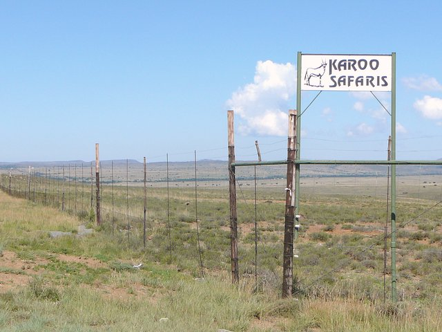 Entrance from R61